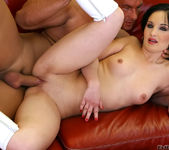 Sandra Black, Eva Sun - Sperm Swap #08 15