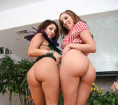 Britney Stevens, Kelly Divine, Will Steiger - Pretty Sloppy 8