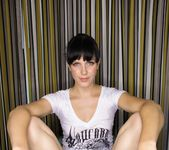 Rozen Debowe, Bobbi Starr - Vicarious 5