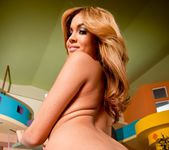 Isis Taylor - Phat Bottom All Stars 13