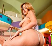 Isis Taylor - Phat Bottom All Stars 14