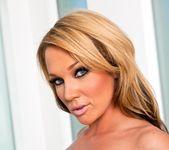 Nikki Sexx, Kelly Divine - Phat Bottom All Stars 5