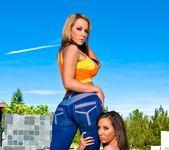 Nikki Sexx, Kelly Divine - Phat Bottom All Stars 14