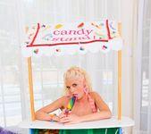 Katie Angel, Jayda Diamonde - Lil Gaping Lesbians #03 2