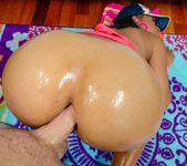 Myeshia Nikole - Black Anal Beauties #03 10