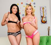 Jayden Lee, Amy Brooke - Anal Supersluts 4