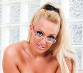 Sophie Gold - Big And Real #04 4