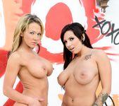 Nikki Sexx, Lylith LaVey - American Cocksucking Sluts #03 13