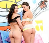 London Keyes, Allie Haze - American Cocksucking Sluts #03 9