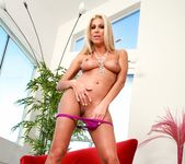 Clara G. - Live Gonzo Raw And Uncut Scenes #02 5