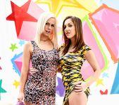 Tara Lynn Foxx, Kiera King - Anal Honeys 2