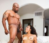 Leah Luxxx, Mr. Marcus - The Black Pack 3