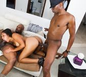 Leah Luxxx, Mr. Marcus - The Black Pack 8