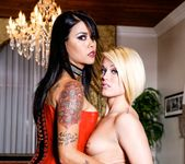 Dana Vespoli, Phoenix Marie - Forsaken 4