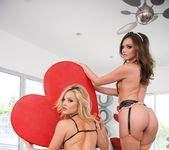 Alexis Texas, Tori Black - Evil Angels - Alexis Texas 27