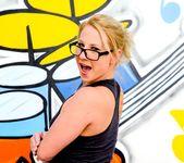 Kimmy Olsen - Buttsex Nymphos #02 6