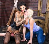Bonnie Rotten, Zoey Monroe - Facesitting Tales #02 14