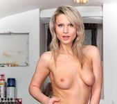Samantha Jolie - Perry Vision #04 3