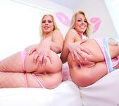 Zoey Monroe, Tara Lynn Foxx - Lil' Gaping Lesbians #05 5