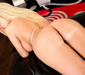 Summer Brielle, Kevin Moore - Crack Fuckers #05 12