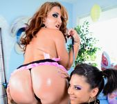 Bonnie Rotten, Savannah Fox - Studio A 7