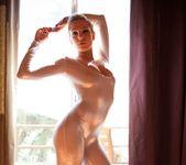 Lea Lexis, Dahlia Sky - Fetish Fanatic #12 6
