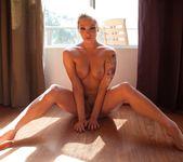 Lea Lexis, Dahlia Sky - Fetish Fanatic #12 9