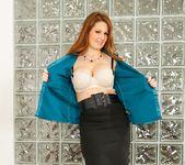 Allison Moore - MILF Gape #03 2