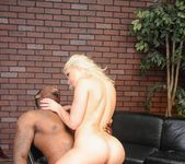 Anikka Albrite - Glenn King's Maneaters #02 15