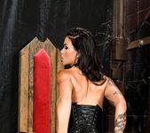 Dana Vespoli - Glenn King's Maneaters 4: All Bush Edition! 15