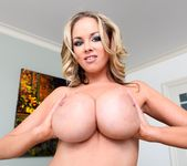 Katie Kox - Pearl Necklaces 6