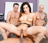 Francesca Le - LeWood Gangbang: Battle Of The MILFs 2
