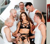 Francesca Le - LeWood Gangbang: Battle Of The MILFs 27