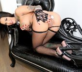 Bonnie Rotten - Hollywood Xposed 4