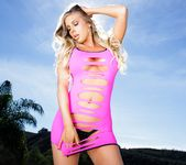 Samantha Saint - Stunning Curves 4