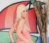 Nikki Sexx, Tara Lynn Foxx - Rectal Romance 4