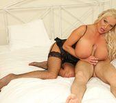 Sharon Pink - The Tit Hunter 9