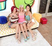 Kalina Ryu, Riley Jenner, Anna Bell Peaks - Triple BJs 3