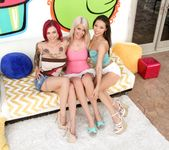 Kalina Ryu, Riley Jenner, Anna Bell Peaks - Triple BJs 4