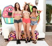 Allie Haze, Chanel Preston, Romi Rain - Triple BJs 2