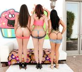 Allie Haze, Chanel Preston, Romi Rain - Triple BJs 3