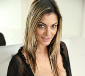 Klarisa Leone - Big Tits - Anilos 4
