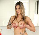Klarisa Leone - Big Tits - Anilos 6