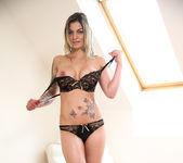 Klarisa Leone - Mature Pussy Pleasure 4