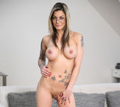 Klarisa Leone - Milf In Action 7