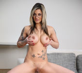 Klarisa Leone - Milf In Action 9