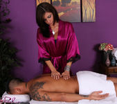 Alyiah - A Satisfied Customer - Fantasy Massage 2