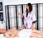 Cassandra Nix, Jessy James - Magic Massage - Fantasy Massage 3