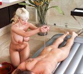 Scarlett Monroe - Fix My Back! - Fantasy Massage 7