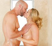 AJ Applegate - Hit It Rich - Fantasy Massage 2